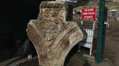 Düzce'deki Antik Kentte Medusa Başı Bulundu