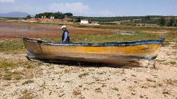 Marmara Gölü Çöle Dönüşüyor