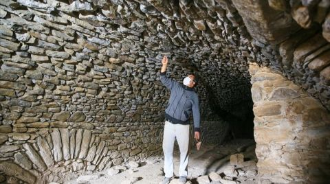 Hypaipa Antik Kenti Gün Yüzüne Çıkıyor