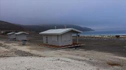 Salda Gölü'ne Ahşap Üniteler Yerleştirildi