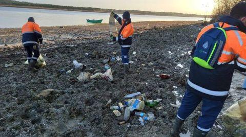 Göller Çekilince Çöpler Ortaya Çıktı