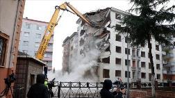 Rize'nin 'Pisa Kuleleri'nin Yıkımına Başlandı
