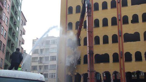 Rize'de Riskli Binalarda Yıkım Başladı