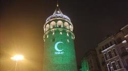 İstanbul'un Simgeleri Yeşile Büründü