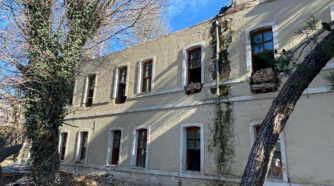 Bakanlık Osmanlı Mirası Yapıyı Yıkıyor