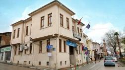 Belediye, Vakfa Devredilen Bina için Hukuk Mücadelesi Başlattı