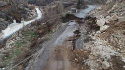 Konya'da Yol Çöktü