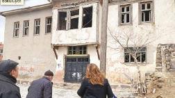 Atatürk Evi ile Zafer Müzesi Çürümeye Bırakıldı