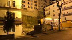 Ankara'da, Temeli Kayan Apartman Nedeniyle 21 Bina Boşaltıldı