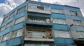 Fatih'te Kolonlarında Çatlaklar Oluşan 4 Katlı Bina Boşaltıldı