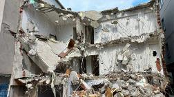 Sancaktepe'de Yıkım Sırasında Zarar Gören Bina Boşaltıldı