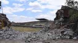 Tarihi Cebeci İnönü Stadı'nda Yıkım Başladı