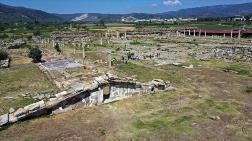Magnesia Antik Kenti'ndeki Kazılarda Hedef Zeus Tapınağı