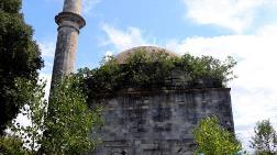 Osmanlı Mirası 5,5 Asırlık Cami Tehlikede