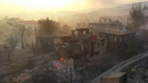 Manavgat'taki Orman Yangını Devam Ediyor