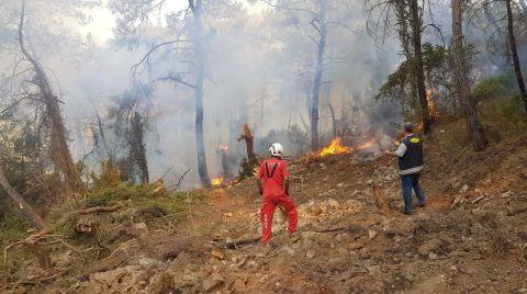 AKUT, Yangında 118 İnsanın ve Yüzlerce Hayvanın Kurtarılmasına Destek Oldu