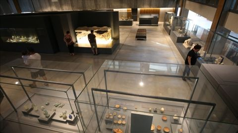 Troya Müzesi'nde Açılan Sergi, Kazıların 150 Yıllık Geçmişini Anlatıyor