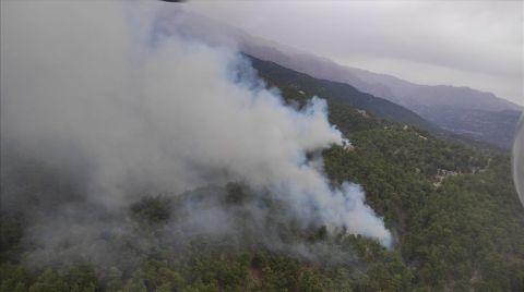 Manavgat'ta Çıkan Orman Yangınına Müdahale Ediliyor