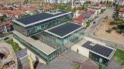 Kütüphanenin Çatısında Elektrik Üretilecek