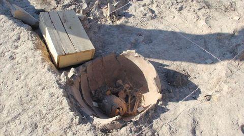 Arslantepe Kazılarında Toprak Küplerde Çocuk İskeleti Bulundu