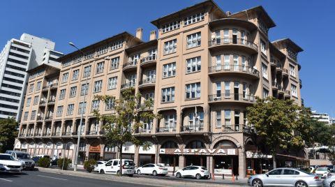 Tarihi Evkaf Apartmanı'na Özgün Doku Tehdit Altında