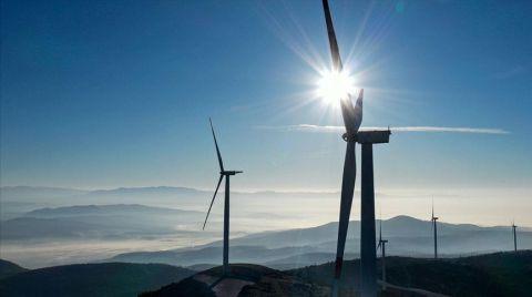 Türkiye'nin Rüzgar Enerjisi Kurulu Gücü 10 Bin 585 Megavata Ulaştı
