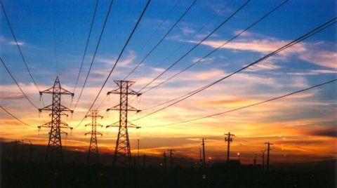 Elektrik Tarifelerinde Güncellemeler Kasım'a mı Kaldı?