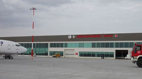 Zafer Havalimanı'na 9 Ay için 5 Milyon Euro Garanti Ödemesi