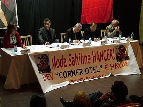 Soldan Aslıhan Deniz, Eyüp Muhçu, Doç. Dr. Barbaros Gönençil, Yrd. Doç. Dr. Oğuz Gündoğdu ve M. Reşit Karahan