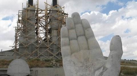 """İnsanlık Anıtı'nın """"Gölgelediği"""" Pimapen Külliyesi!"""