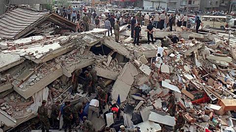17 Ağustos Depreminin 16'ıncı Yılında Değişen Birşey Yok!
